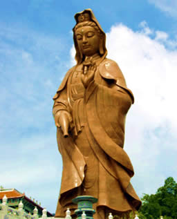 Another modern statue: Quan Yin inspires huge devotion throughout the East